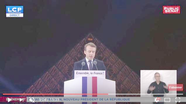 macron_victory_speech_0904_hands_up_under_eye_of_pyramid_gamma_2-5.jpg