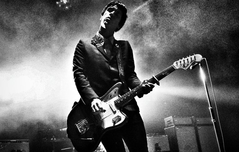 GettyImages-457761302_johnny_marr_1000-768x488.jpg