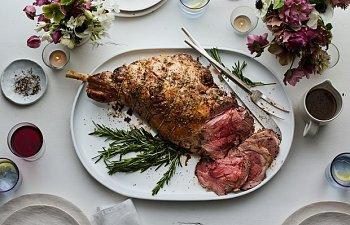 Leg-of-Lamb-With-Garlic-and-Rosemary-22032017.jpg