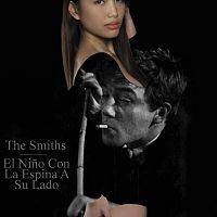 El_nino_con_la_espina_a_su_lado