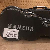 Manzur_guitar